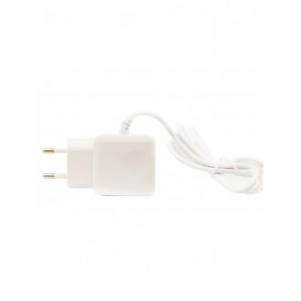 "Baltas buitinis įkroviklis F13c FastCharging su 2 USB jungtimis (3.1A) ""Lightning"""