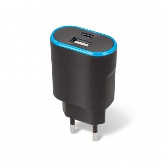 Juodas įkroviklis buitinis Forever TC-03 USB + Type-C
